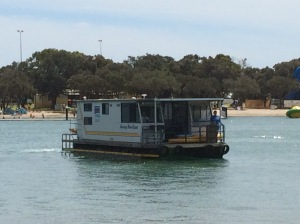 The houseboat arriving at Mandurah to pick us up.